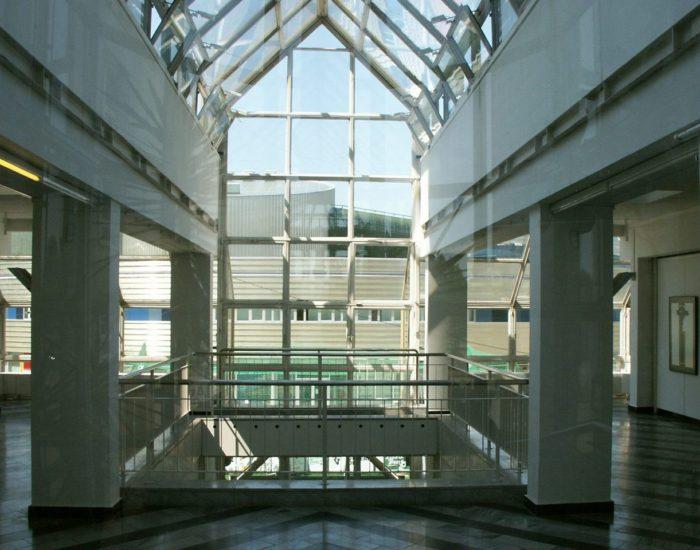 Ambiente_Glaskuppel Ausstellung Zeichen_Haft Berlin Staedtische_Galerie_M Hanke Kuenstler