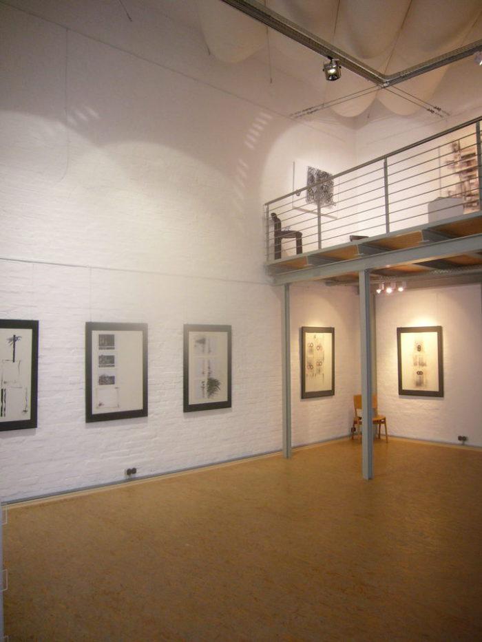 Ausstellung Kunstverein Turmgalerie Lippstadt Zeichen Haft 2007 Pressemeldung Ambiente