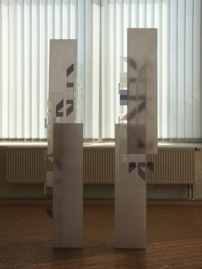 acrylglasobjekt_licht ausstellung_zeichen_haft kunst_im_turm_lippstadt hanke kuenstler