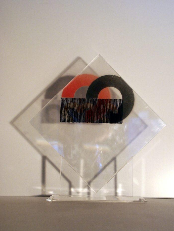 moderne Kunst Rechteck ungewöhnlich Licht-Schatten transparent Acrylglas Modul Kreissegment Version normiert abstrakt skaliert standardisiert austauschbar komplex Kontrast Modifikation kombiniert Struktur Ordnung auswechselbar Verwandlung Umformung überlagert Multilayer Raum Ebene Inspiration assoziativ Phantasie Konzeptkunst